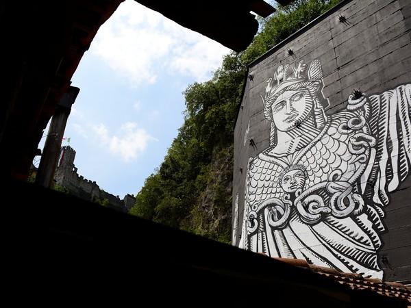 wall-in-art-4